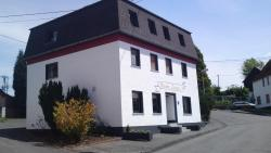 Pension Lume, Bismarckstraße 24, 56587, Oberraden