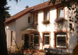 Hotellerie Waldesruh, Siersburger Str. 8, 66798, Oberlimberg