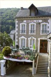Hôtel des Voyageurs, Avenue d'Aubrac, 12470, Saint-Chély-d'Aubrac