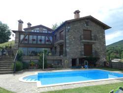 Apartaments El Tossalet, Carrer únic, s/n, 22486, El Pont de Suert