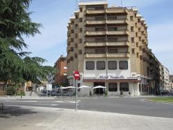 Hotel Vianetto, Avenida Lerida, 25, 22400, Monzón