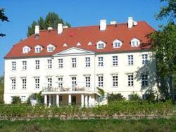 Park Hotel Schloß Rattey, Dorfstrasse 21, 17349, Rattey