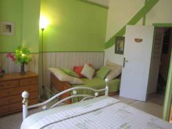 Chambres d'Hôtes Les Pensées Douces, 6, Rue Hippolyte Ribière, 89000, Auxerre