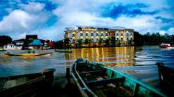 Hotel Victoria River View, Jln. Lambung Mangkurat No.48, 70111, Banjarmasin