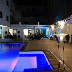 Hotel Salomé, Monturiol, 19, 43820, Calafell