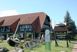 Hotel & Fischrestaurant Leuchtfeuer, Dorfstraße 1, 17440, Freest