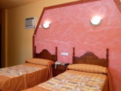 Hostal Alcanadre, Avenida de Fraga, 8, 22200, Sariñena