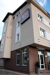 Hotel Jet Set, Karađorđeva 27, 71420, Pale