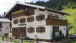 Pension Hartenfels, Strass  268, 6764, Lech am Arlberg