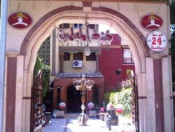 El Moalemeen Hotel, El Nadi El Riyadi Street, 99999, Fayoum