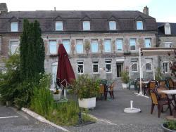 Hotel Val Saint Hilaire, 7, quai des Fours, 08600, Givet