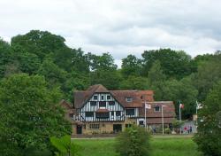 The Grasshopper Inn, The Grasshopper Inn, Moorhouse, Nr Westerham, TN16 2EU, Westerham