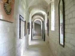 Les Chambres du Clos des Capucins, Place de la Calade, 30430, Barjac