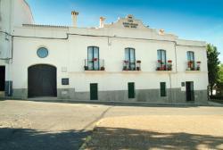 Casa Rural Las Avutardas, Plaza de Colón  12, 10181, Sierra de Fuentes