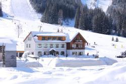 Hotel Passhöhe, Hohentauern 110, 8785, Hohentauern