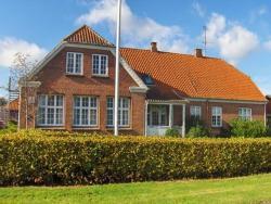 Motel Majbølle Gamle Skole, Majbølle Byvej 60, 4862 Guldborg, Majbølle