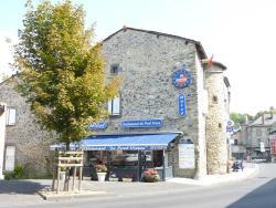 Hôtel Restaurant du Pont-Vieux, 49 Place de la liberté, 15100, Saint-Flour