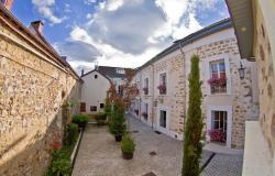 Studios et Appartements - Le Divarius, 46 Bis - 48 Rue Nationale, 95000, Cergy