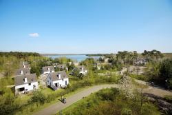 Sunparks Kempense Meren Hotel & Holiday Homes, Postelsesteenweg 100, 2400, Мол