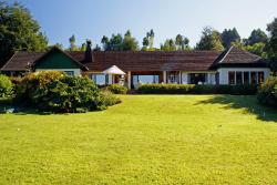 Hosteria de la Colina, Las Colinas 115, 4930000, Villarrica