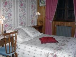 Chambres d'Hôtes La Jacquerolle, Rue Marchédial, 43160, La Chaise-Dieu