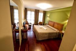 Hotel El Sella, Puente Romano, 2, 33550, Cangas de Onís
