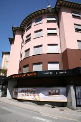 Hotel Bahnhof Haus, Via G. Motta 2, 6830, Chiasso