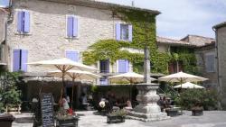 L'auberge des Marronniers, Place des Marronniers, 30580, Lussan