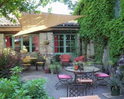 L'Auberge des Collines, 1140 rue du Tram, 26600, La Goubette