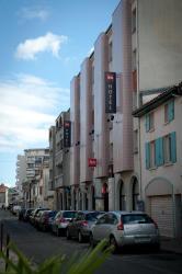 ibis Agen Centre, 16 rue Camille Desmoulins, 47000, Agen