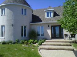 Gîte du Château, 2 rue du Golf, G0H 1C0, Chute-aux-Outardes
