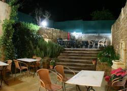 Hostal La Fuente, La Fuente, 15, 22146, Buera