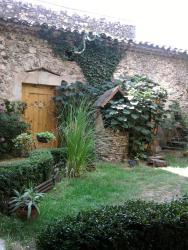 La Maison d'hôtes, 11 place de l'eglise, 34600, Le Poujol-sur-Orb