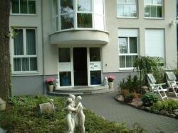 Hotel und Appartementhaus Rheden, Elisabethstr. 1, 16548, Glienicke