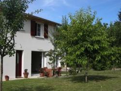 Au Saint-Amand, 1 impasse de l'Auditoire, 52230, Poissons