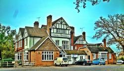 The Admiral Cunningham Hotel, Priestwood Court Road, RG42 1TU, Bracknell