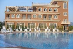 Ador Resort, Rr.Shteterore SH60 Prane Tirana Internetional Airport, 1001, Rinas