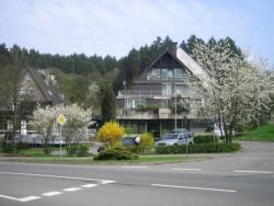 Waldhotel Tropfsteinhöhle, Pfaffenberg 1, 51674, Wiehl