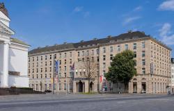 Wyndham Duisburger Hof, Opernplatz 2, 47051, Duisburg