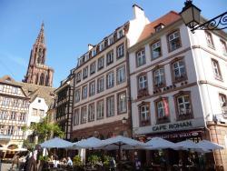 Hôtel des Arts, 10 Place du Marché aux Cochons de Lait, 67000, Strasbourg