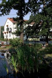 Hotel & Gasthaus Zum Eichenkranz, Unter den Eichen 1, 14943, Kolzenburg