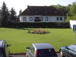 Gästehaus Pension Heß - Das kleine Hotel, Plauer Chaussee 20 B, 18273, Güstrow