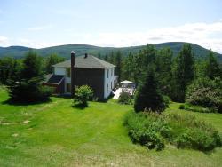 Auberge Du Saumonier Lodge, 282 Montee Cortereal, G4X 6S2, Gaspé