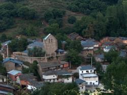 Casa Rural El Piñeo, La presa, s/n, 24415, Villanueva de Valdueza
