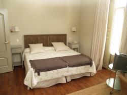Hotel Roma, De los Guardas, 2, 40100, La Granja de San Ildefonso