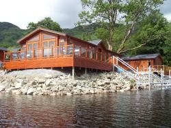 An Caisteal Lodge, Ardlui Holiday Park Loch Lomond, G83 7EB, Ardlui