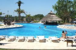Howard Johnson Marinas & Resort, Av. España 740, 2930, San Pedro