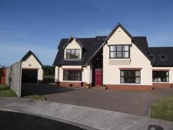 Woodview Bed and Breakfast, 3 Ard A Bhealach, Coolballow,, Wexford