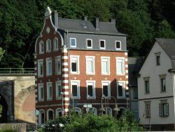 Pfälzer Hof, Wasenstr. 90, 55743, Idar-Oberstein