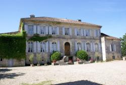 Chambres d'Hôtes Chateau de Cavagnac, Lieu dit Cavagnac, 47390, Layrac
